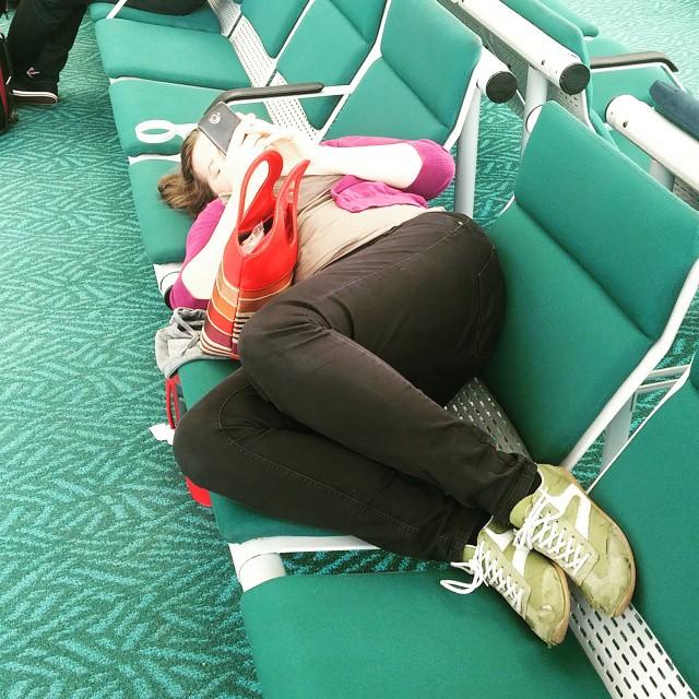 5 minuten voor boarding time naar Honolulu. Lekker verder slapen in het vliegtuig.