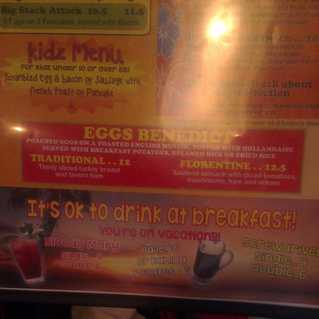 Baileys for breakfast? Even wachten nog maar  Ps: we zijn zoo happy!