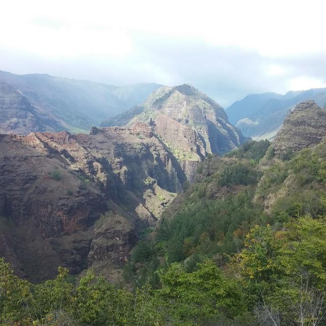 Toen een tussenstop bij een prachtige vallei en betere foto's kunnen maken. Wauw, wat is het hier mooi!