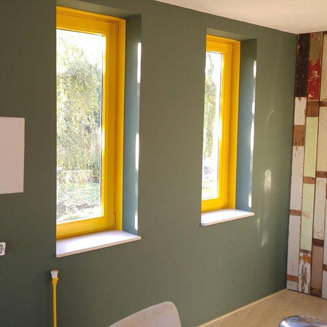 Super blij met onze nieuwe groene muur!