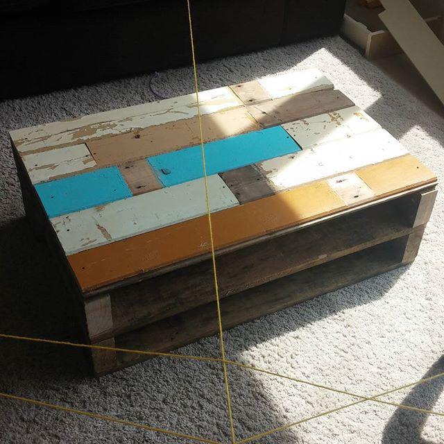 En ons laatste sloophout project : de koffietafel