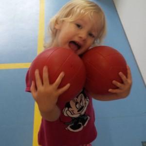 Meisje met ballen!