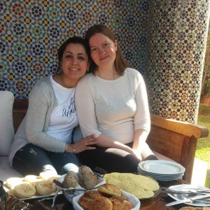Ontbijt in het prachtige huis van Fatiha, de zus van Samira.