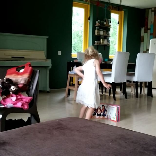 Filmpje : Nova danst op K3
