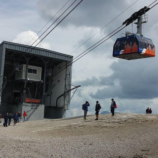 De lift naar de top van de Marmolada