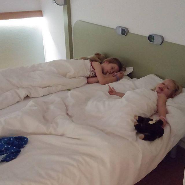 De meidenkamer in het hotel