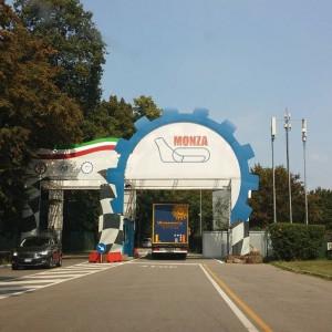 En op de terugweg rijden we even langs F1 baan Monza