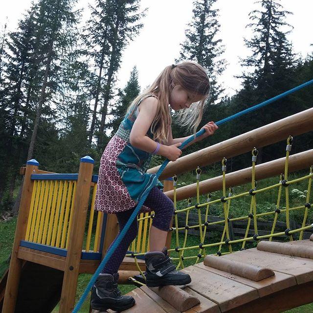 Kletteren in de speeltuin