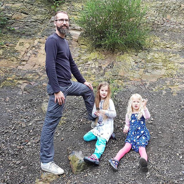 De Cottesergroeve. Slechts 300 miljoen jaar oud gesteente.