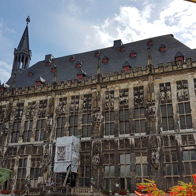 Een middagje Aken. Dit is het oude stadhuis.