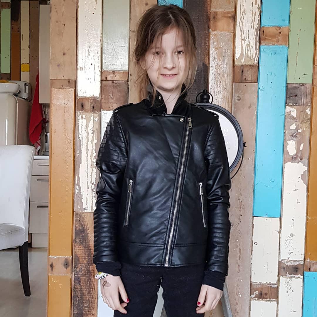 Nieuwe stoere jas! #blackisthenewblack 🖤